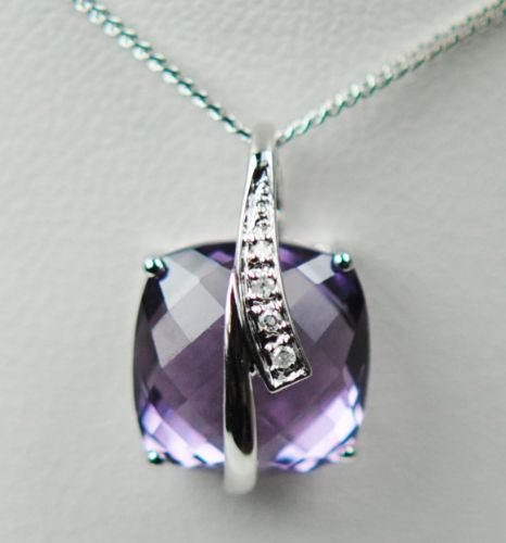 Amethyst And Diamond 9 Carat White Gold necklace DAP452W